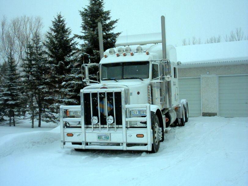 Фото Зима грузовик Peterbilt