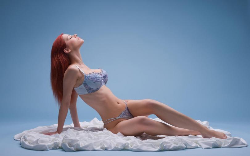 Красивые картинки Эротика Обои Фото Девушка Ariel