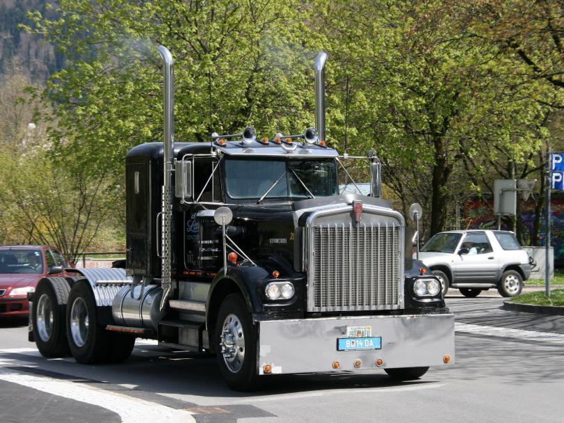 Красивые картинки Фото грузовик Kenworth