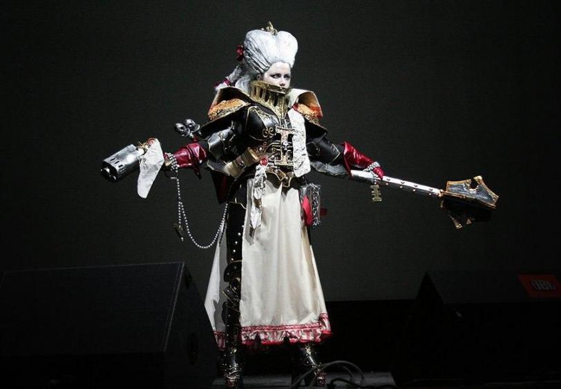 Красивые картинки  прямые руки Девушка косплей Warhammer