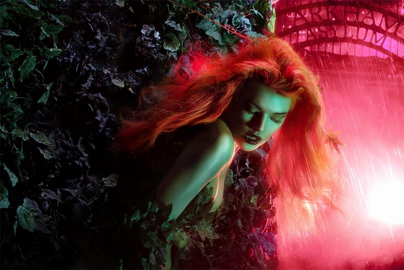 Фото Девушка косплей Poison Ivy DC Universe