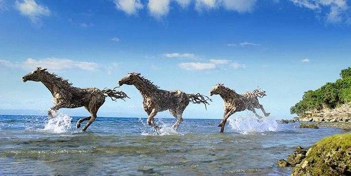лоша Деревянная скульптура скульптура
