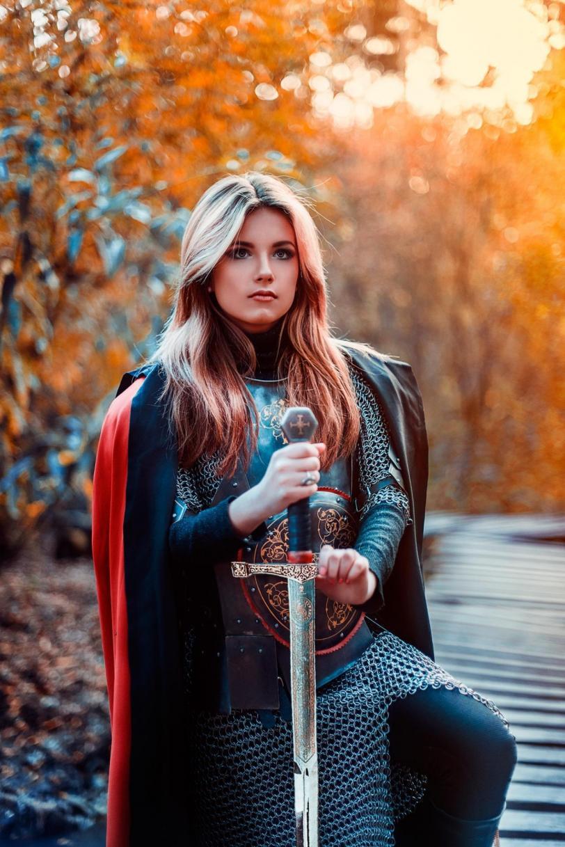 косплей Armored Women Красивые картинки Фото hires